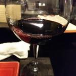 鶏そば・ラーメン Tonari - グラスワイン(赤)