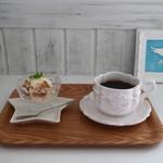 エンジェル カフェ - 豆乳アイス&玄米チョコパフと天使珈琲(オーガニック・ハンドドリップ)