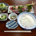 ひで - 料理写真:刺し身盛り合わせ定食¥1,000+さんが焼き¥940(?)