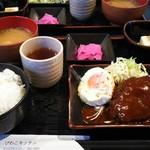びわこキッチン - ハンバーグ定食