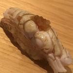 鮨 さかい - 対馬の紅瞳:ノドグロ、の炙り