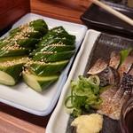 とんこつ鍋と餃子 縁楽 - 炙りしめ鯖&きゅうり一本漬け