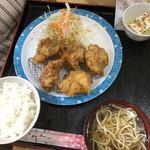 うるま食堂 - 2018年8月15日  からあげ定食(並)550円