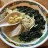 特麺コツ一丁ラーメン - 料理写真:生のりラーメン 800円 麺少なめ ニンニクで