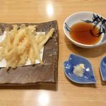 寿司・うなぎ 羽子吾 - 白魚の天ぷら