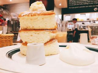 カフェ&パンケーキ グラム イオンモール徳島店