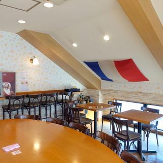 エスプリ・ド・ビゴ - 2階カフェ