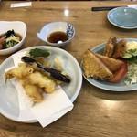 ホテル 朋泉 - 料理写真: