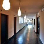 アルモニエ ワシマ ブランジュ - 店舗へと続く廊下
