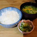 茶寮 三日月とうさぎ - ご飯と味噌汁と酢の物
