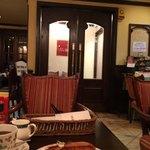 仏蘭西屋 - 店内入口付近の様子
