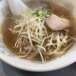 東香園 - 料理写真:ラーメン