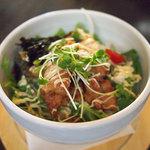 コンフィー - シャキシャキ野菜の唐マヨ丼