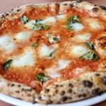 薪窯Pizza ピッチュ - マルゲリータ