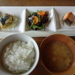 restaurant bio - 料理写真:本日の御昼御飯(1,620円)