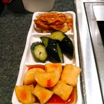 91205720 - キムチの盛り合わせ  600円(税別)  大根、胡瓜、白菜。