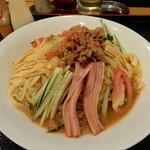 中華料理 萬福 - 料理写真:台湾冷麺¥780