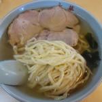 永華 - 麺とチャーシュー