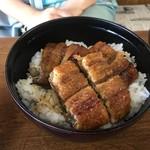 きみのやうなぎ店 - 中丼も1950円
