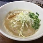 らーめん なんぞ屋 - 料理写真:鶏豚ラーメン〜( ^ω.^ )/¥780円.。.:*☆