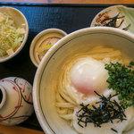 無添さぬきめん あじ豊 - 「山温玉ぶっかっけ」(700円)