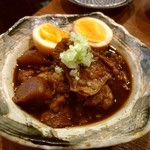 大阪串かつ テンテコマイ - 牛スジどて煮(500円)