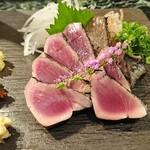魚貝三昧 げん屋 - 鰹の藁焼きたたき