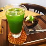 日本茶カフェ一日 - グリーンティー(ブレ感染)