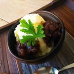 日本茶カフェ一日 - 緑レンズ豆のあんこ(ブレ感染)