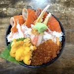 市場食堂 味処たけだ   - ANA特製丼(2,300円)
