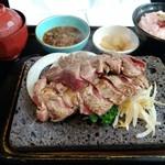 石焼ステーキ 贅  - 「あじわいコンビ  サーロイン180g+カイノミ150g」+「ご飯セット」