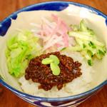 辺銀食堂 - ミニジャージャン丼
