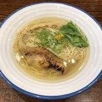 麺宿 志いな - 「潮そば」750円