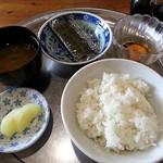 巻 - 朝食 350円