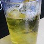煌 - 冷たい緑茶が美味しいです