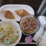 パナールコーヒー - モーニング 380円