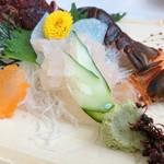 91251627 - プリッとした身は甘くて美味!                       殻に対して身が少ないから、本当に贅沢品です〜(^_^;)