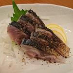 日本酒バル YODARE - 炙り〆サバ スモーク塩