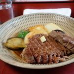 ビーフステーキ専門店 ひよこ - 料理写真:三田牛 ヒレステーキ 300g
