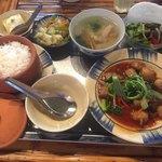 アンゴン - お料理