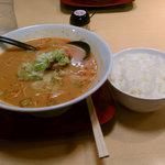 9126271 - 辛口・・・四川ラーメン+ご飯
