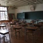 もみじ苑 - 【おまけ】子供達の声が聞こえてきそうな教室。