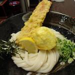 荒木伝次郎 - ちく玉天 生醤油うどん(810円)