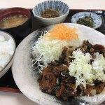 佐久平パーキングエリア(上り)軽食コーナー - 野沢菜牛スジ肉定食 ¥750