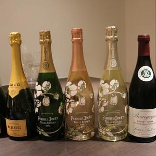 【ワインセラー完備】お料理に合うワインやシャンパンをセレクト