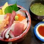 91288388 - 海鮮丼(1000円)