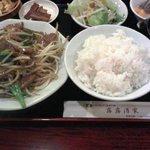 新宿上海料理 露露酒家 - レバニラ炒め定食