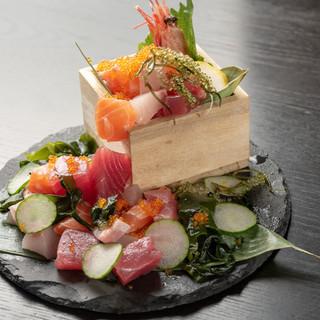沖縄県で獲れた鮮魚を楽しんで◎その魚に合った調理法でご提供!