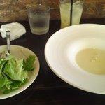 9130371 - 前菜とスープ