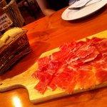 リブス&タパス ガブリシェア - 「スペイン産 ハモン・セラーノ」